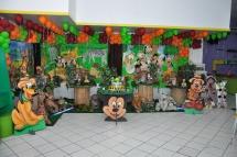 Mickey Safari Cenário